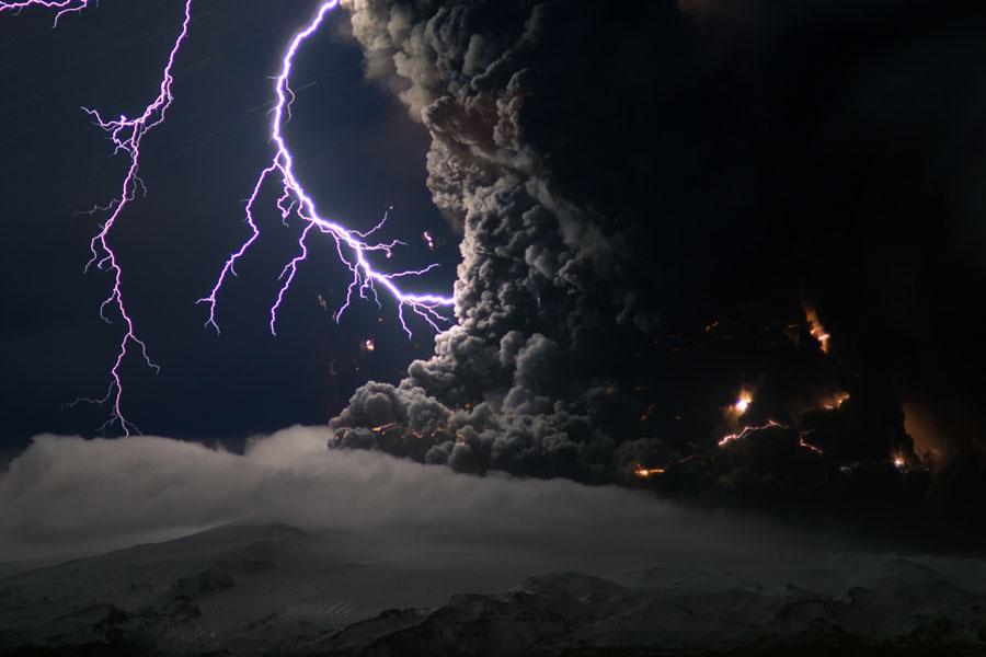 iceland volcano lightning wallpaper. Iceland volcanic eruption